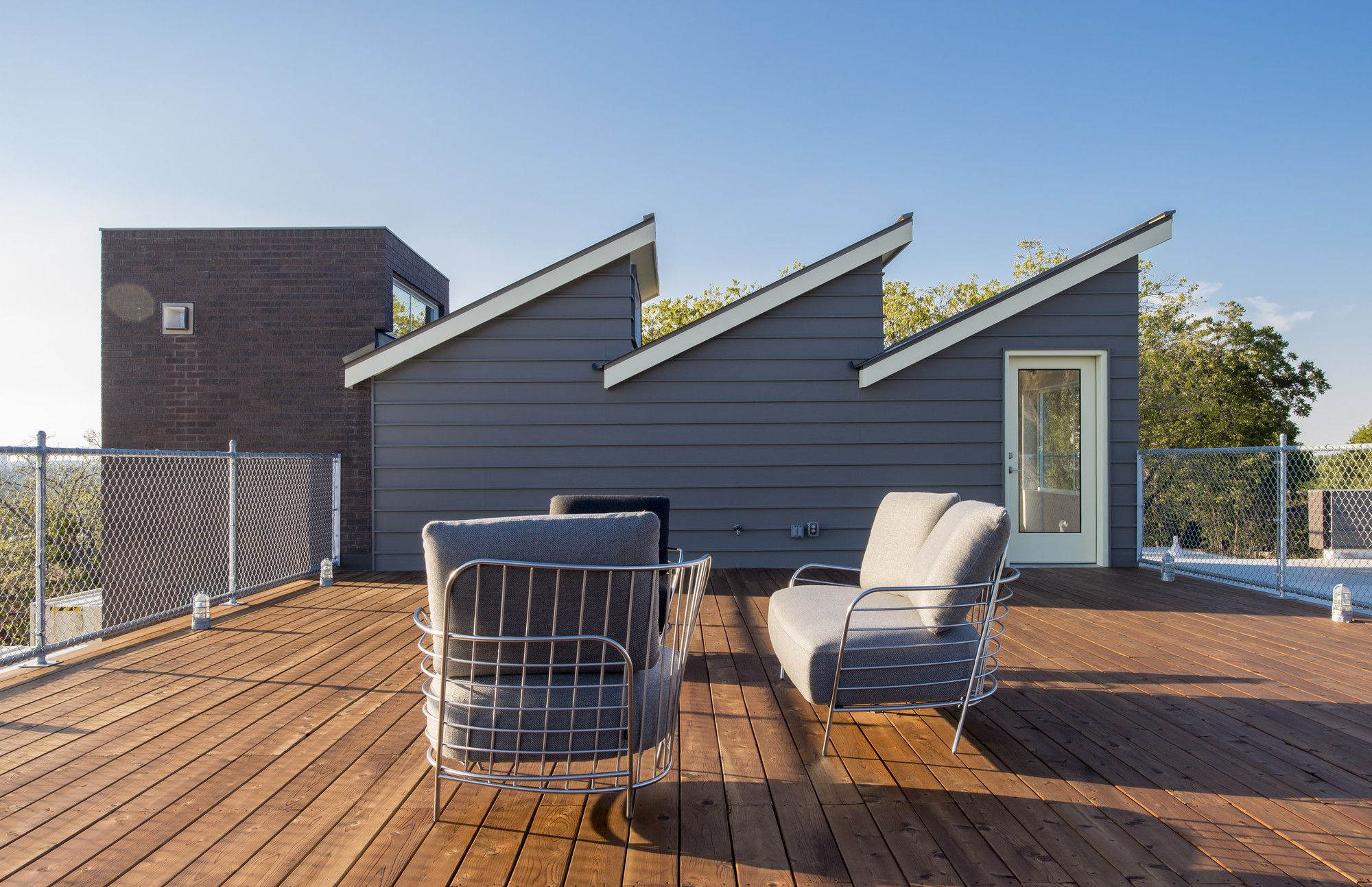 Image 17 of 43 from gallery of PV14 House / M Gooden Design ...