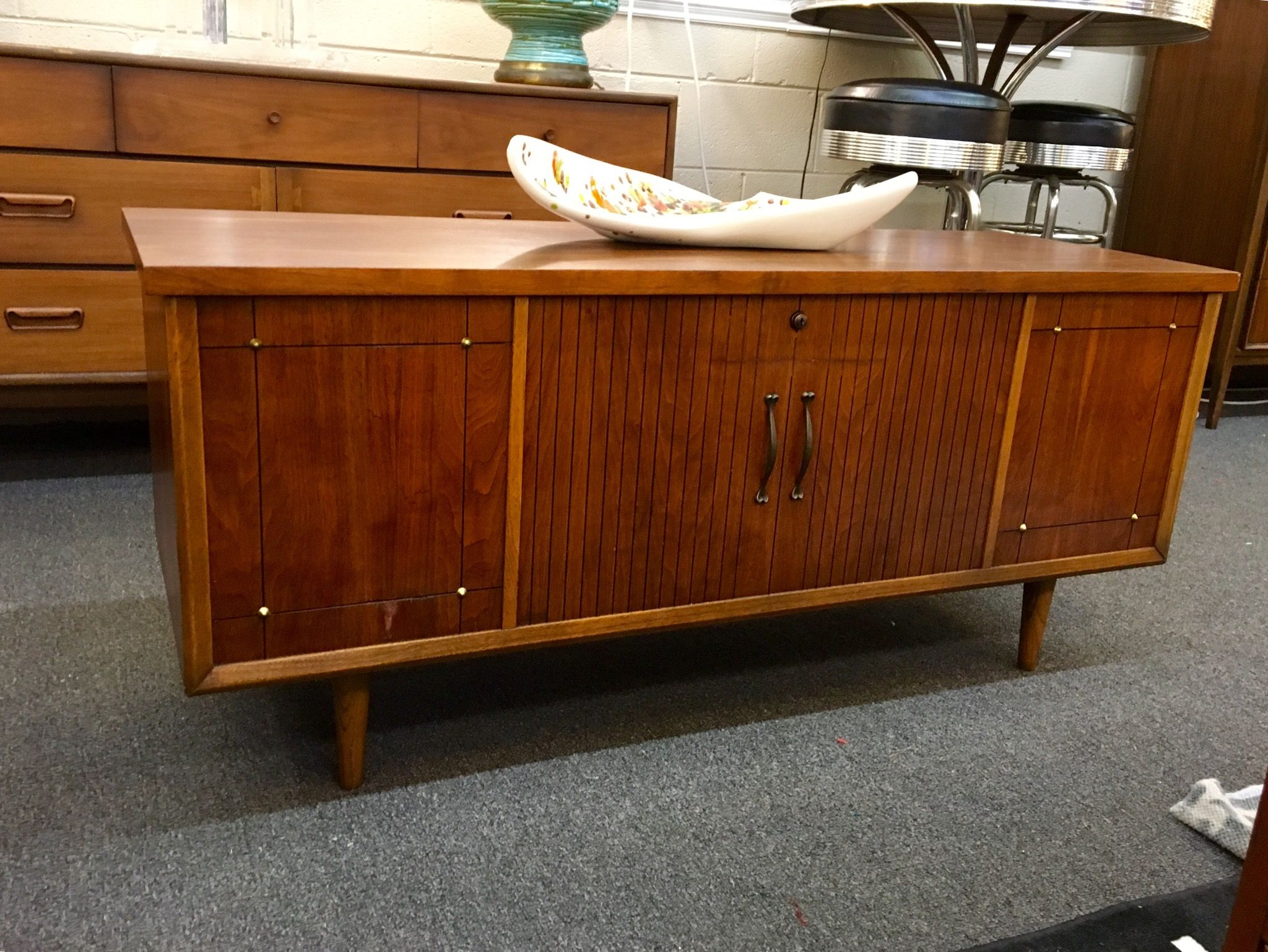 Lovely 1965 Lane Cedar Chest