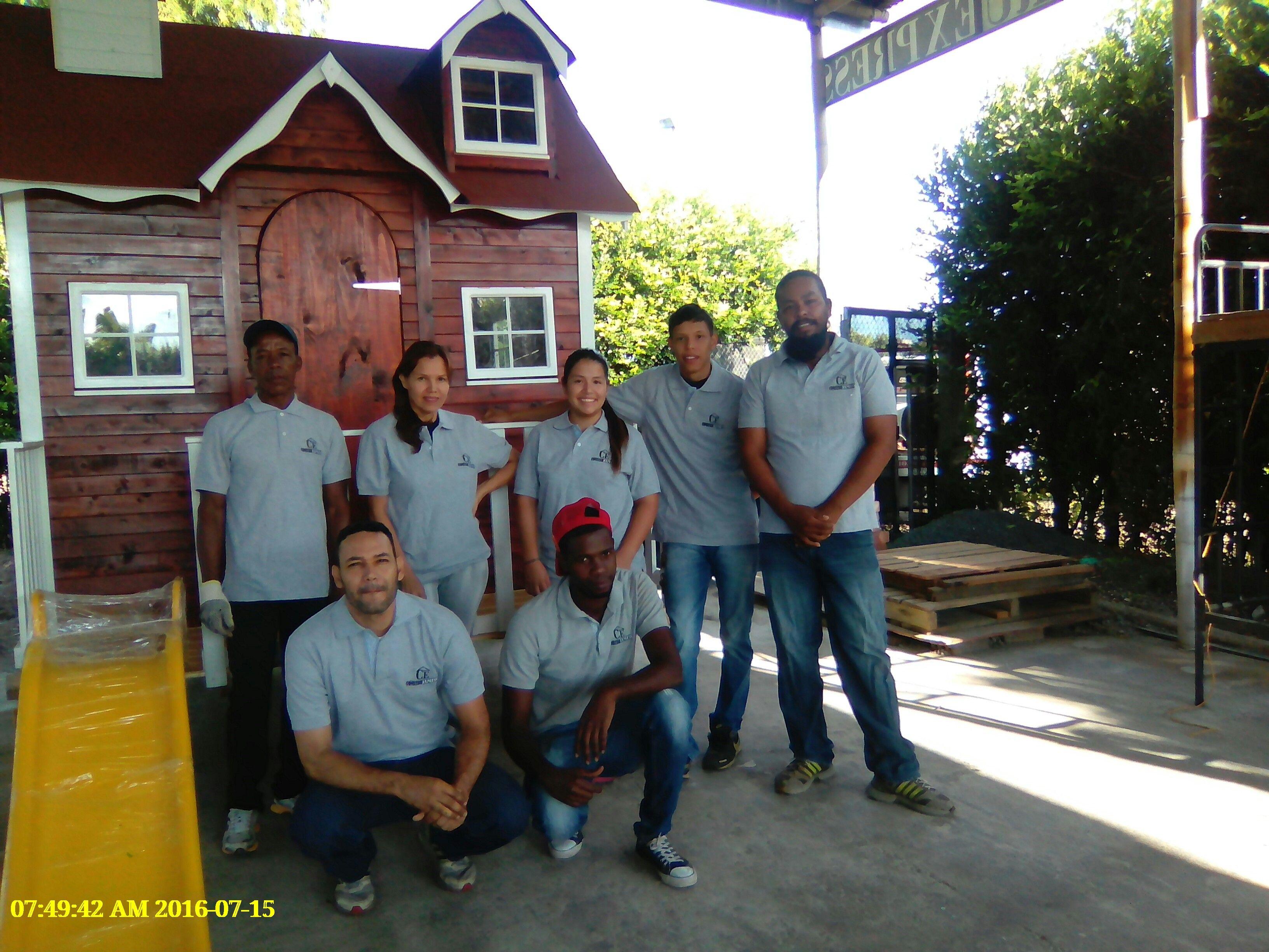 casita infantil- equpo casitas construexpress www.construexpress.com