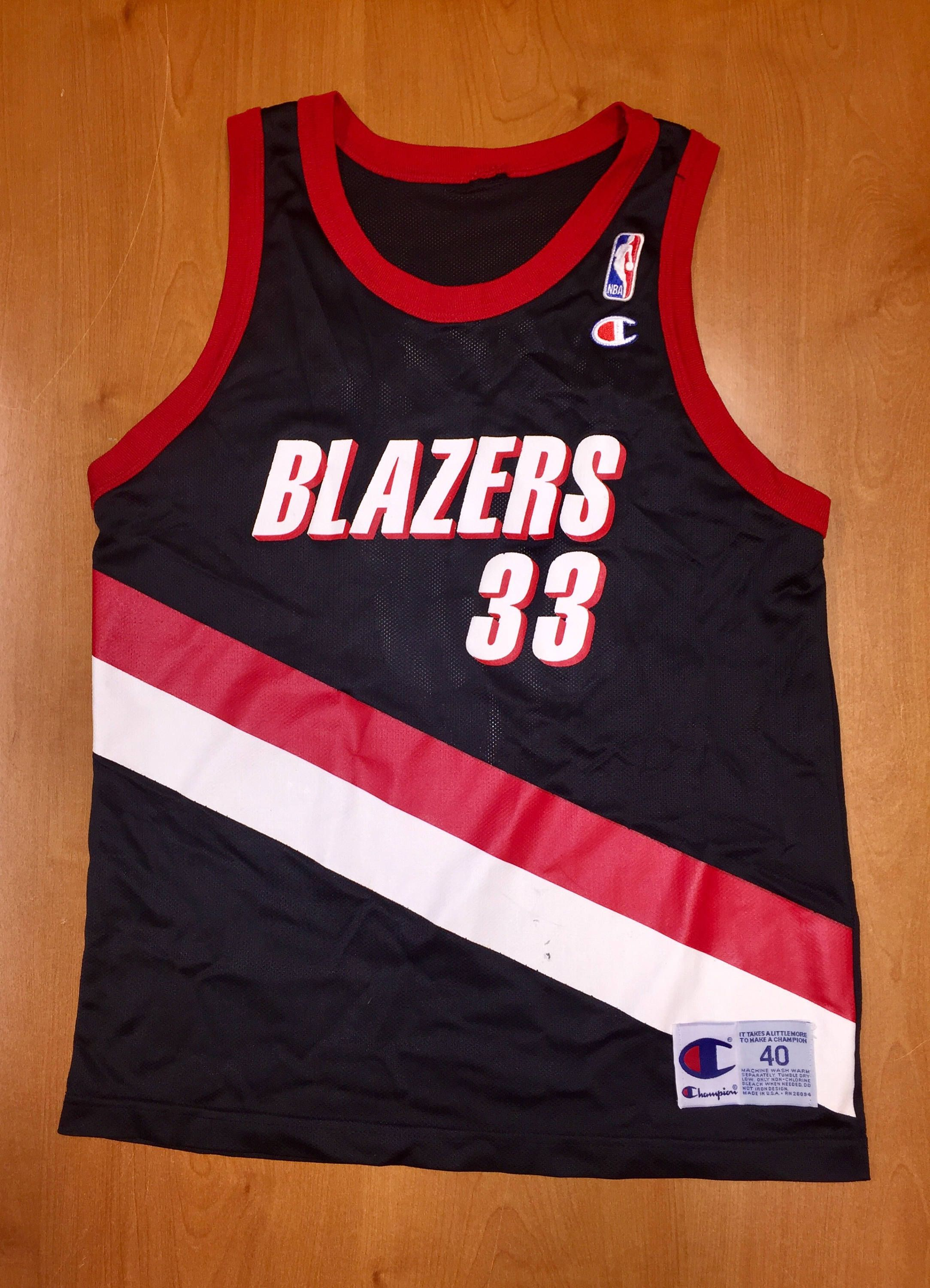 94d59196b661 Vintage 1990s Scottie Pippen Portland Trailblazers Champion Jersey Size 40  kevin duckworth detlef schrempf rasheed wallace chicago bulls nba by ...