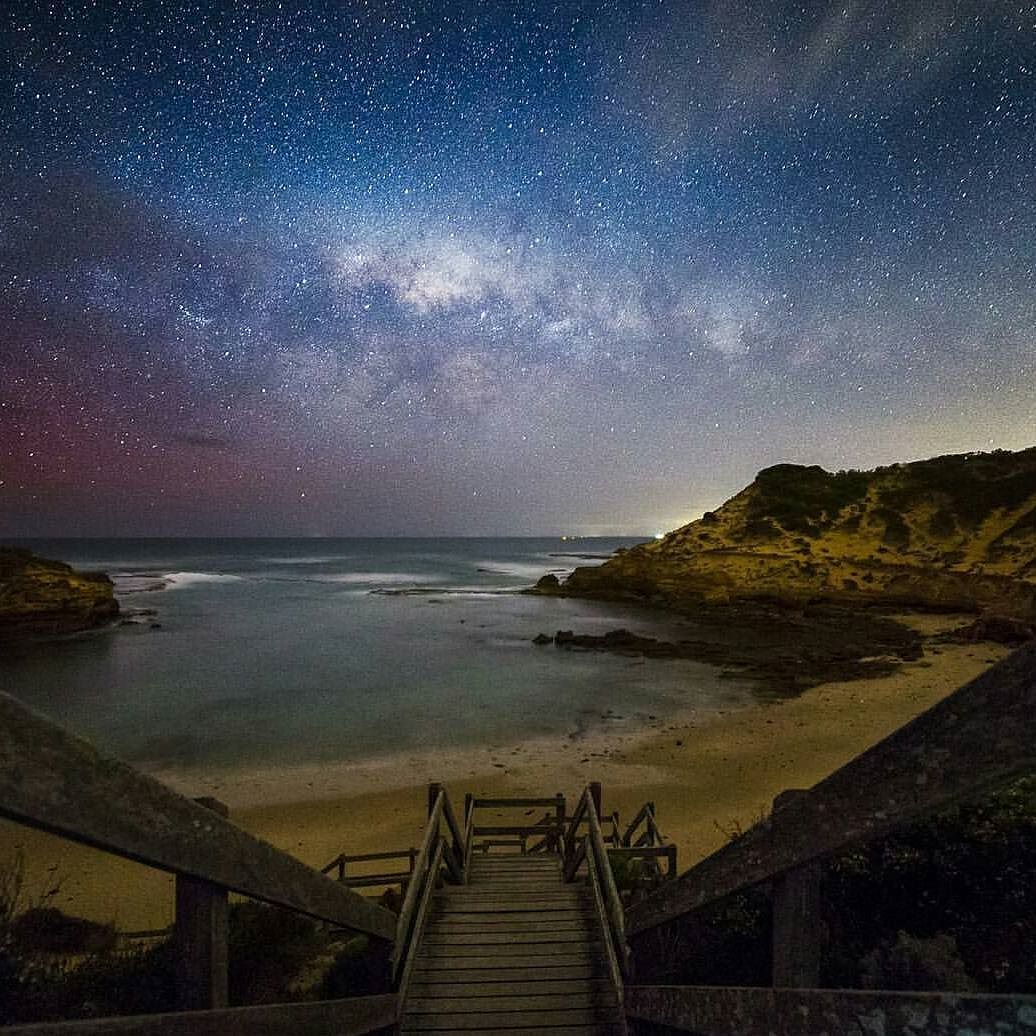 On instagram by earthskyscience #astrophotography #contratahotel (o) http://ift.tt/1PTLKzI Way and Aurora glow thanks to @martinauphotography in Diamond Bay Sorrento! #nightsky #milkyway #stars