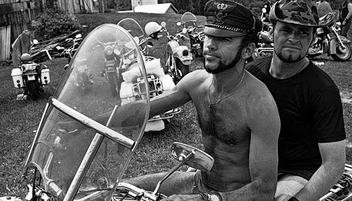 Motociclistas gay nos anos de 1960.