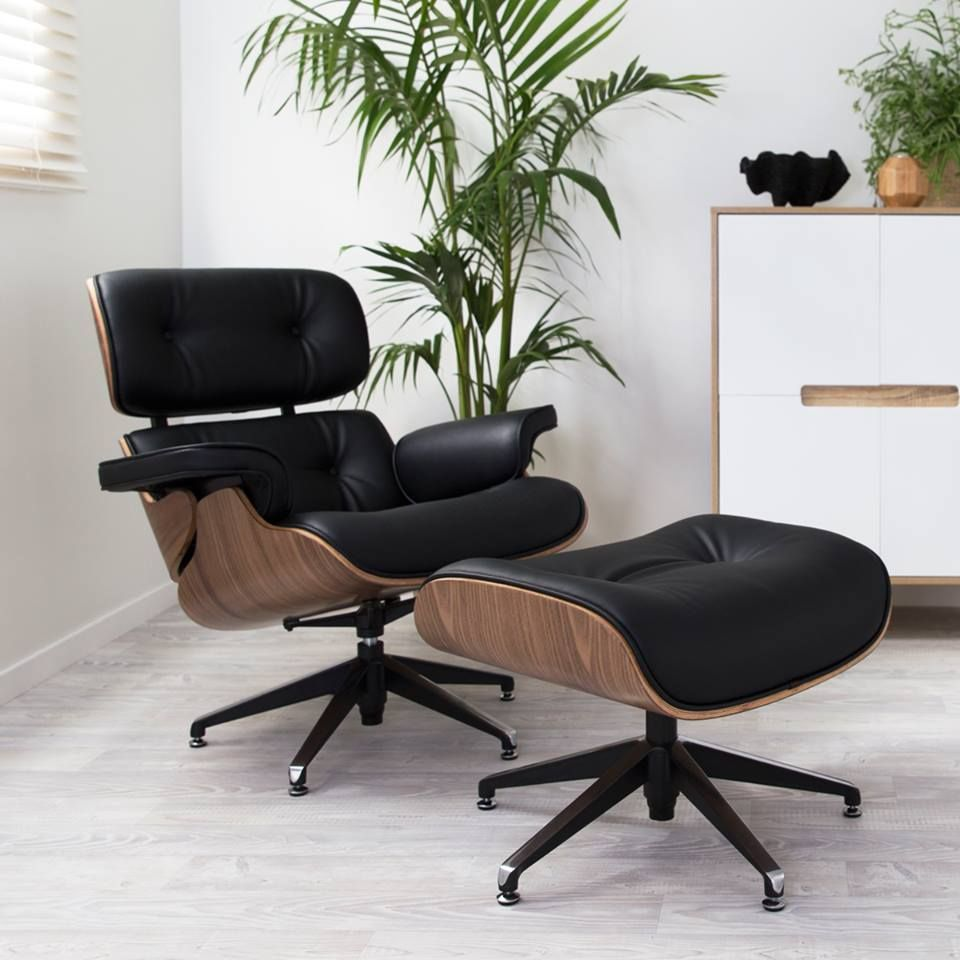 Choosing The Best Leather And Wood Veneers For The Eames Lounge Chair Replica Eamesloungechair Blog Homedecor Livingroom Interiordesign Woonkamer Thuis