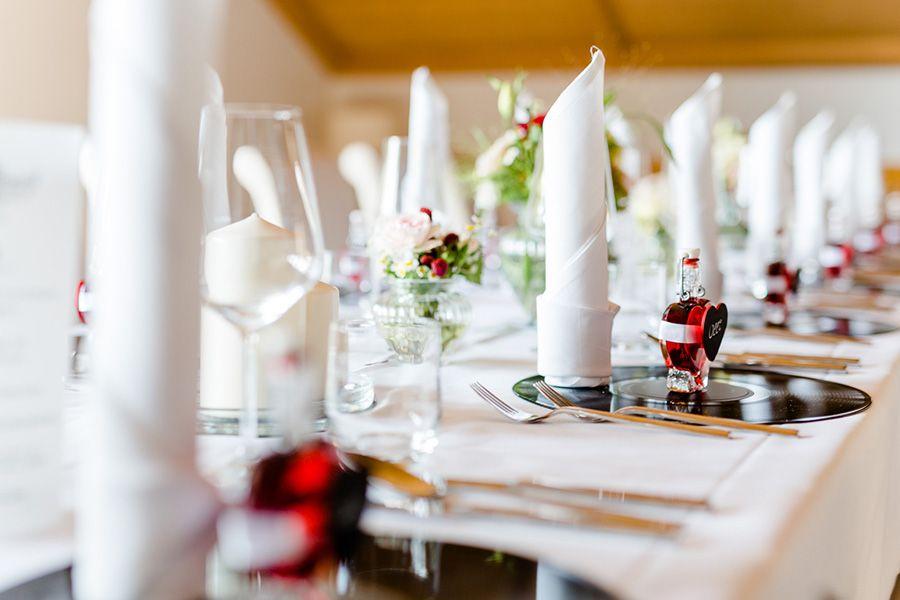 Pin Auf Hochzeit Tischdeko Wedding Decorations