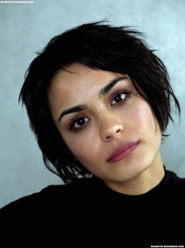 Shannyn - shannyn-sossamon Photo