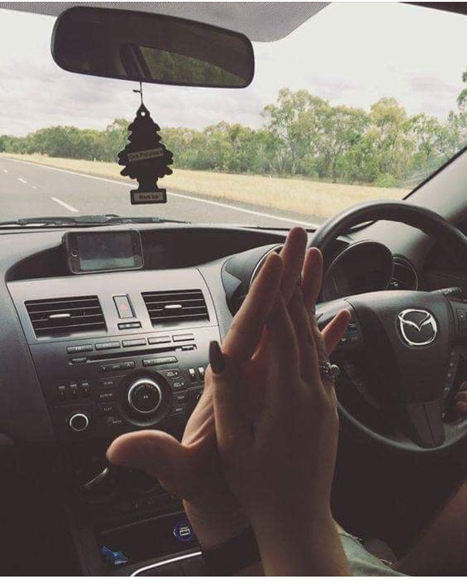 насосы держаться за руки в машине фото воплощения его