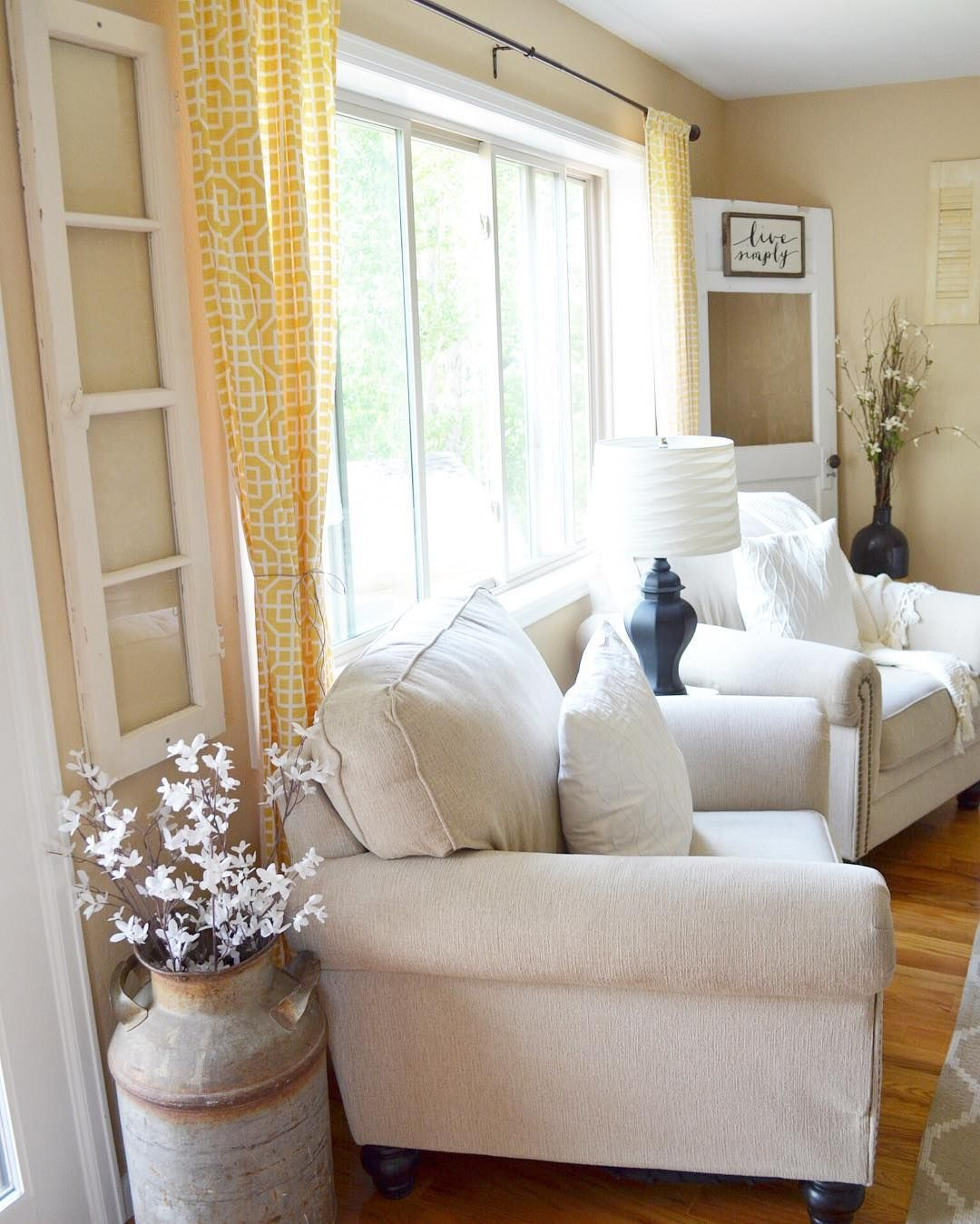 Marvelous Farmhouse Style Living Room Design Ideas