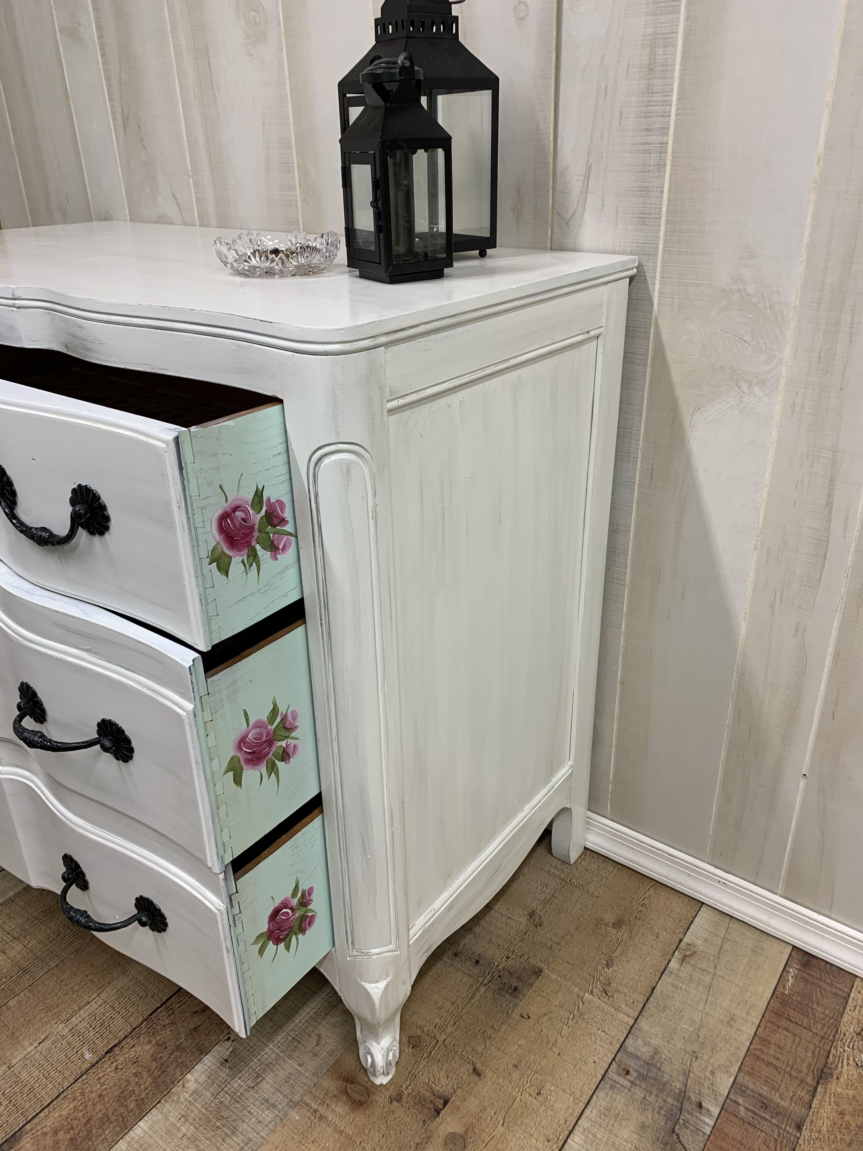 Vintage French Provincial With Handpainted Flowers Painted Dresser Vintage Furniture Furniture Makeover
