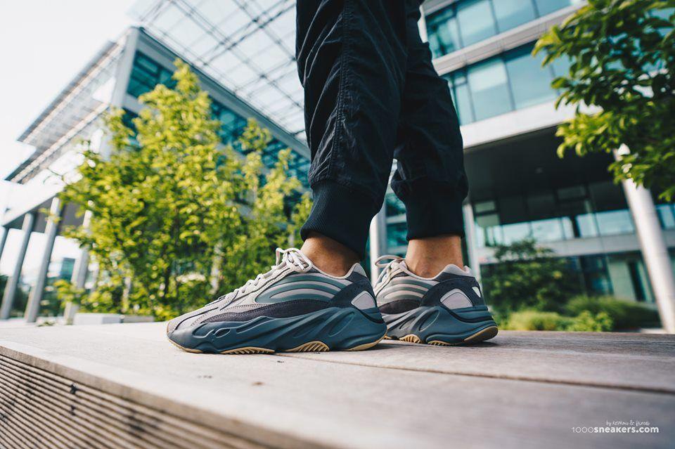 adidas Yeezy 700 V2 Tephra | Mode style, Sneaker, Adidas