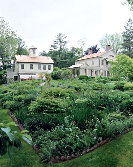 Federal Traditional Style Martha stewart Gardens and House