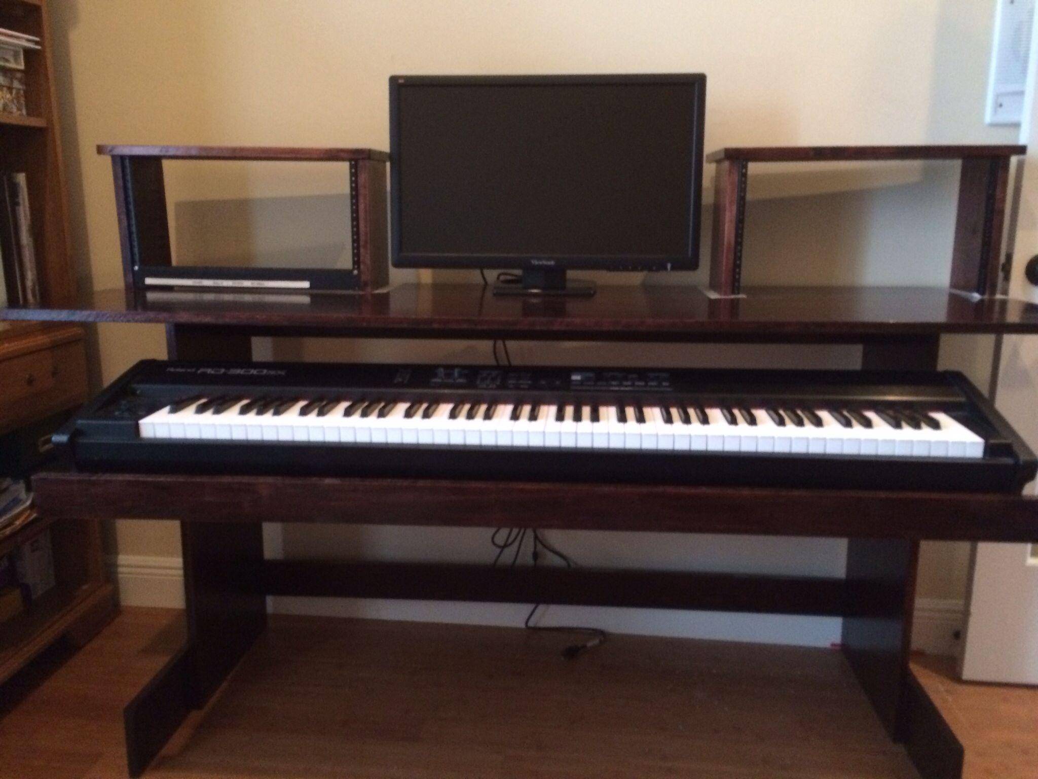 New Desk I Built For Home The Keyboard Drawer Slides All