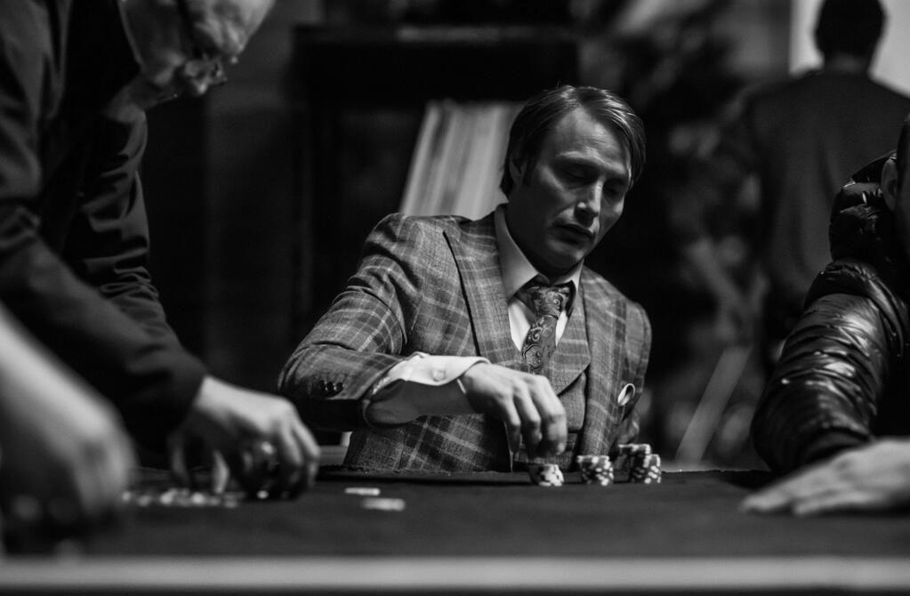 "thehannibalaestheticさんのツイート: ""Mads playing poker on the Hannibal set, photographed by David Slade. #MadsMikkelsen https://t.co/BrLCbqnRRx"""