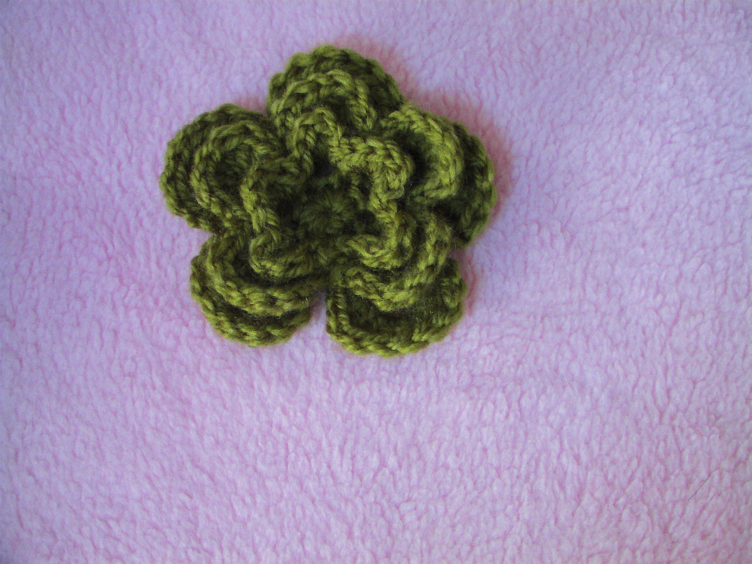 Amigurumi Flower Tutorial : Πλεκτο Λουλουδι σε Τρια Επιπεδα crochet layer flower tutorial