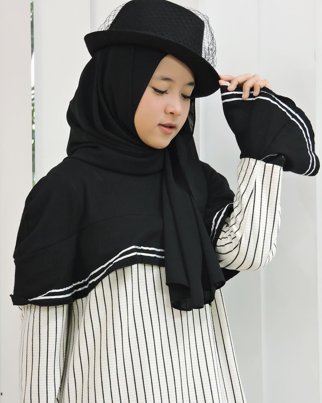 Tutorial Hijab Pashmina Pake Topi Baju Muslim Gaya Hijab Model Pakaian