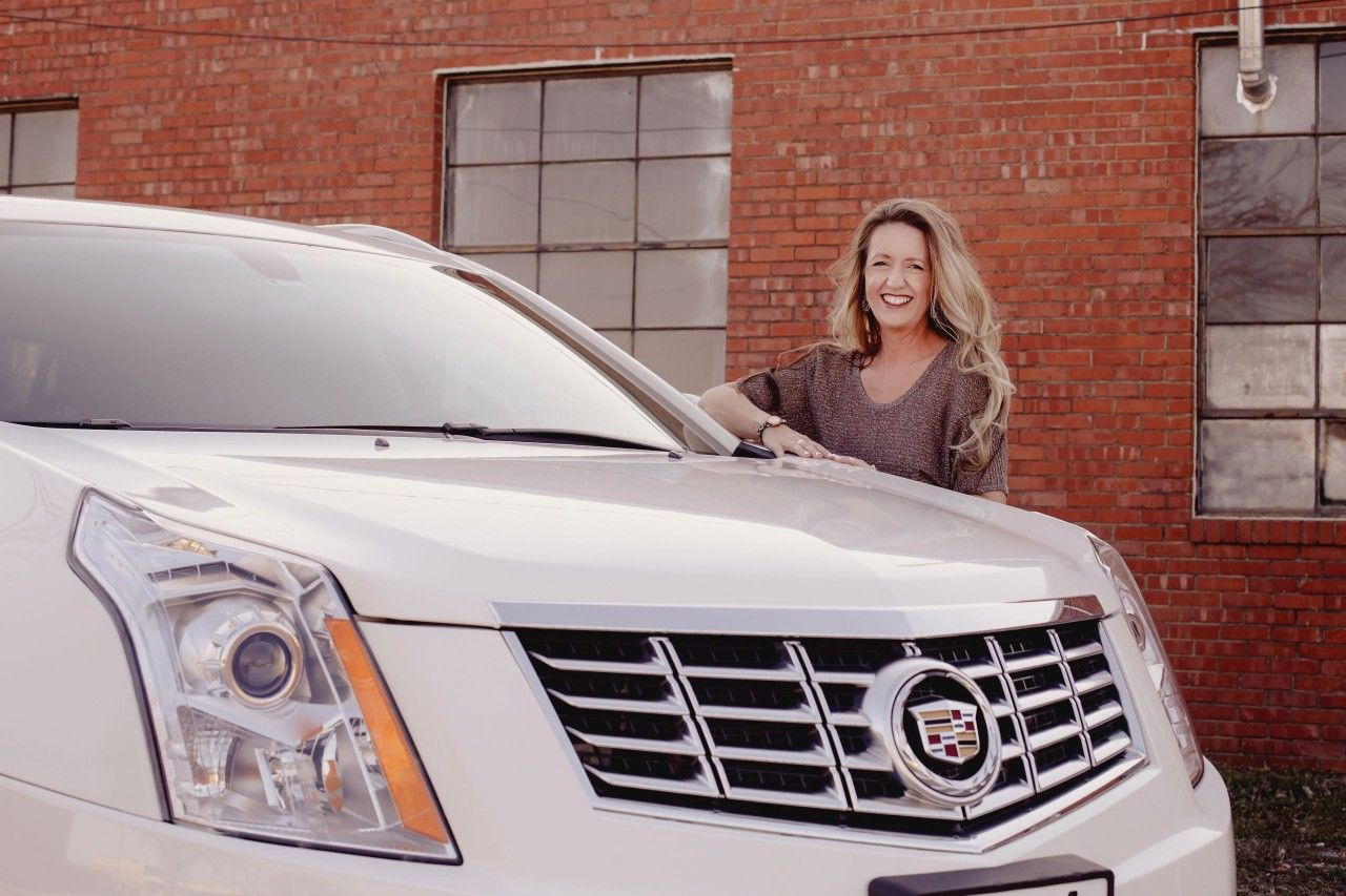 Pin by Kelly Roberts on I'm dreaming of a white cadi Suv