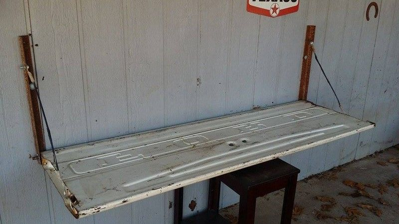 How To Make A Tailgate Wall Bench Wall Bench Diy Tailgate Bench Tailgate Bench