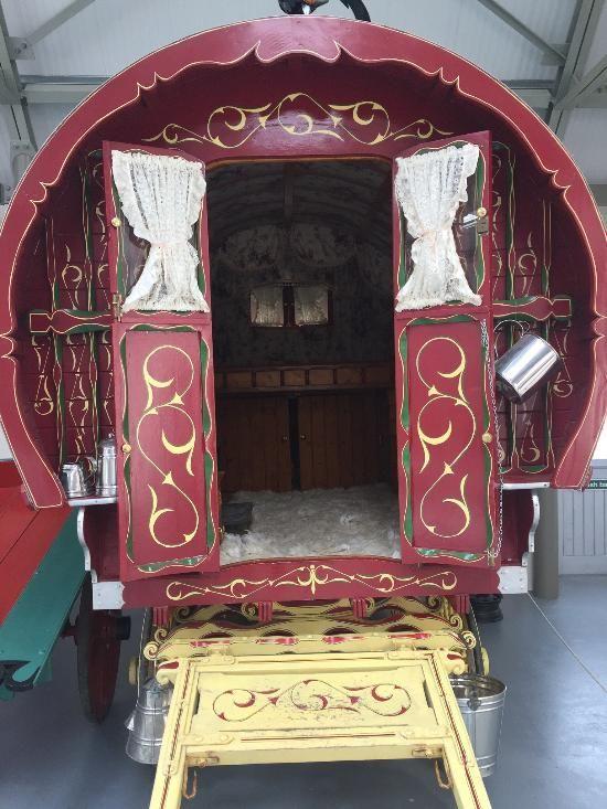 f04001fce80f559151f4e1ebd3fd267d - Irish Agricultural Museum & Johnstown Castle Gardens