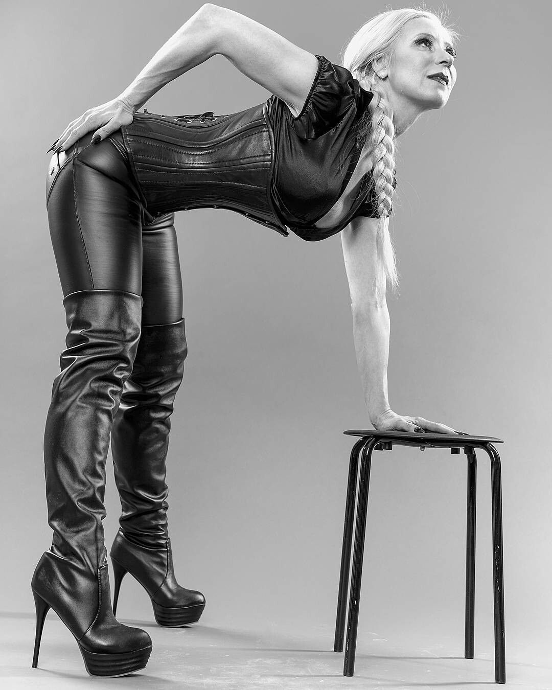 sexy Milf   Leather Kink   Pinterest   Leather, Boots und Leather ... ed1bea83df