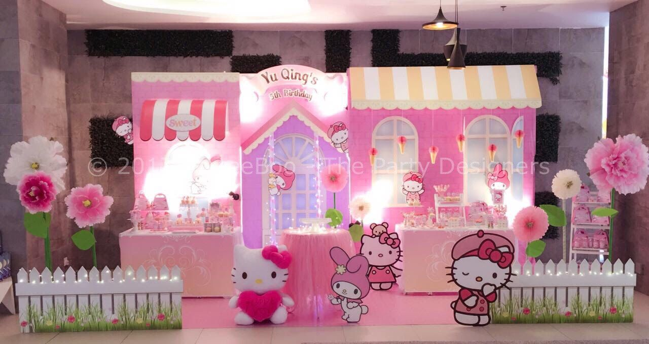 A Hello Kitty Themed Backdrop And Candy Buffet Designed And Styled By Parteeboo The Pa Hello Kitty Birthday Party Hello Kitty Theme Party Hello Kitty Party