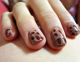 Chocolate chip cookies nails - nail art