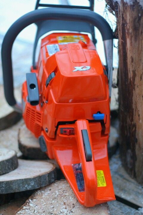 Husqvarna 372 - one of the best handling saws ever ...
