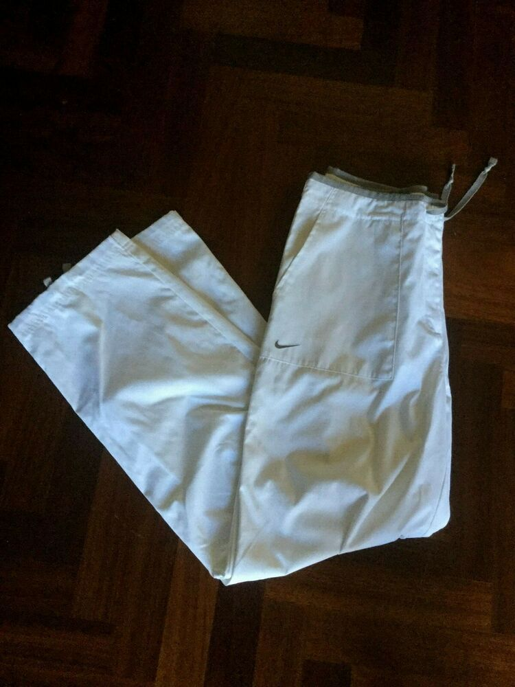 pantaloni tuta bianchi nike