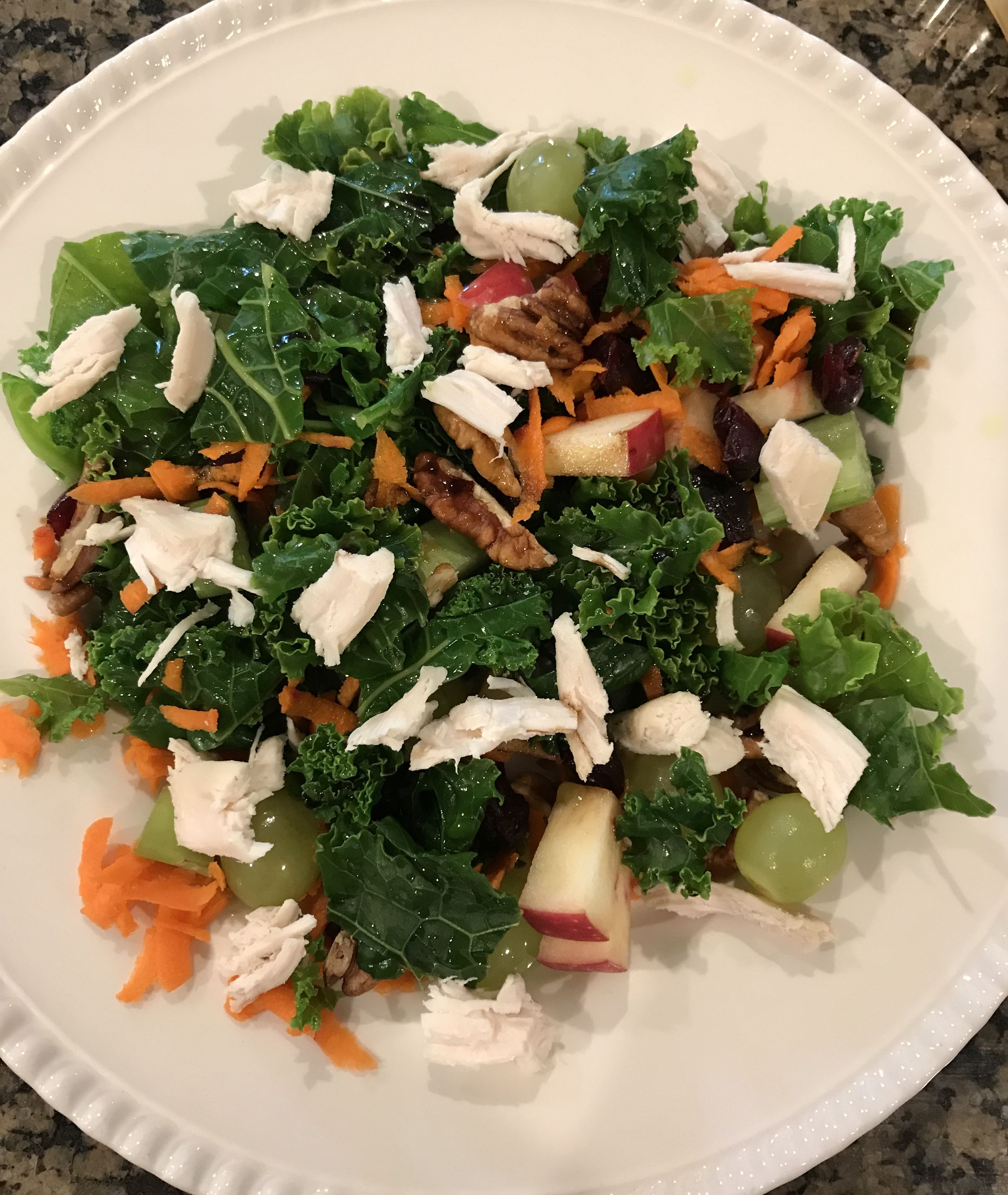 Whole30 Approved Salad With Boiled Kale, Chicken, Grated