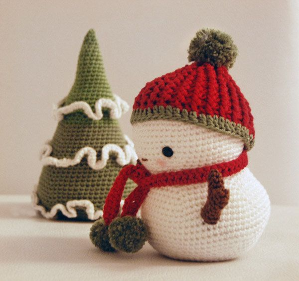 Amigurumi Pattern - Frosty the Snowman and Christmas Tree $500