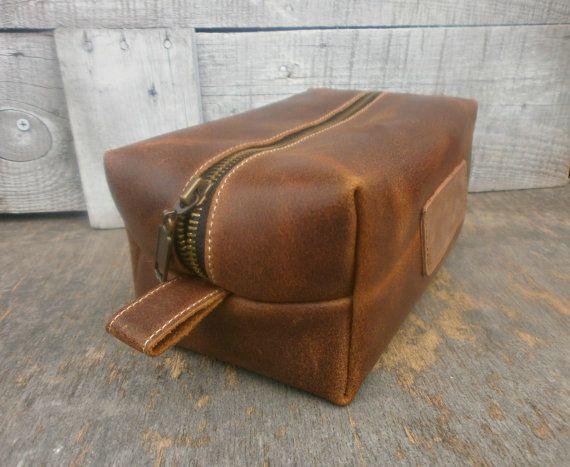 97c933affcf6 Men's Leather Toiletry Bag, Groomsmen Dopp Kit, Rustic, Leather Dopp ...