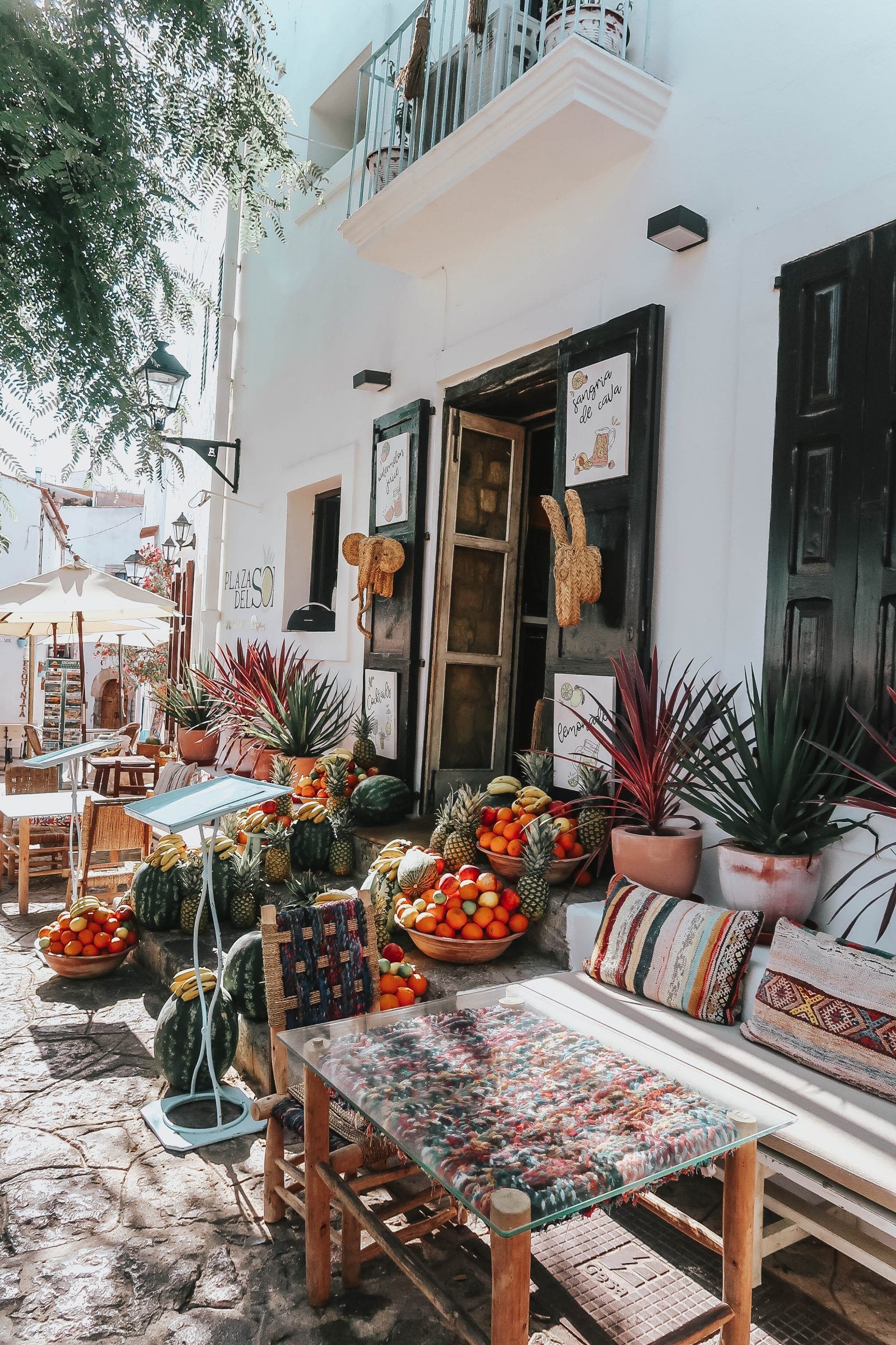 Discovering Ibiza Old Town – Fashion Mumblr