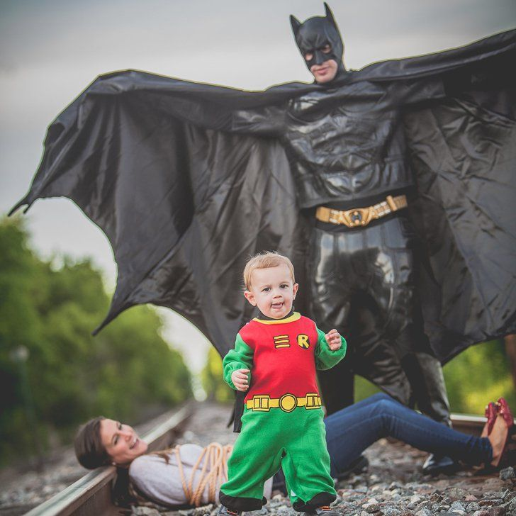 This Batman-Themed Photo Shoot Just One-Upped Every Family Portrait