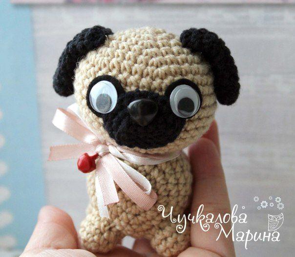 Pug Amigurumi - Cachorro Croche Pelúcia - R$ 60,00 em Mercado Livre | 526x604