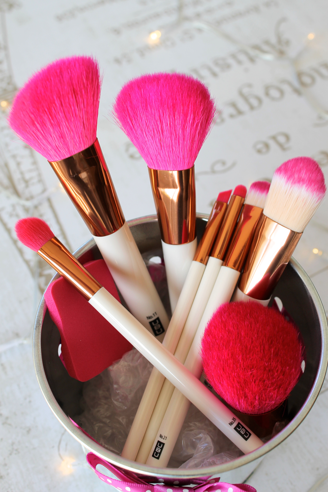 Pretty Makeup Brushes on a Budget Pretty makeup, Makeup