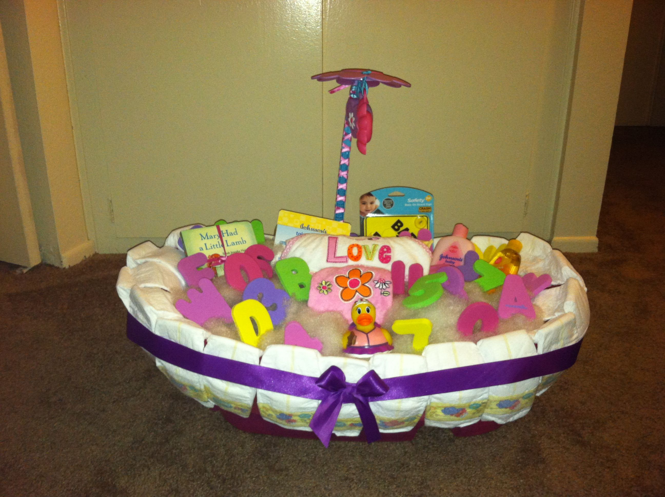 DIY Diaper bath tub | DIY gift ideas | Pinterest | Diy diapers ...