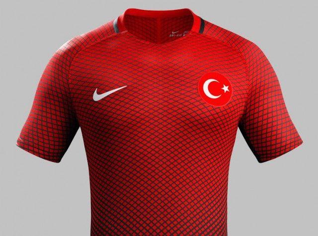 O recluta capa  Camisas da Turquia 2016-2017 Nike Eurocopa » Mantos do Futebol | Camisa de  futebol, Roupas de equipe, Nike
