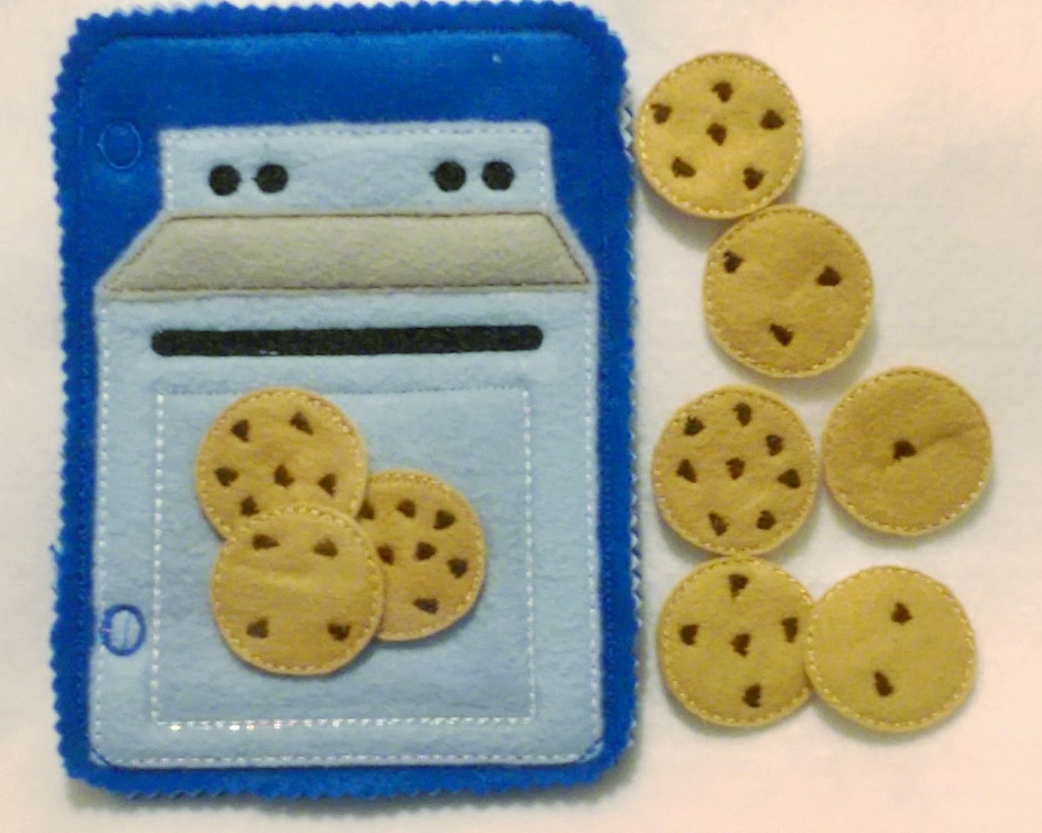 Counting cookies blue baking oven quiet book page which can be added to other pages to create the perfect quiet book or buy just this page for hours of fun. Set comes with 9 chocolate chip cookies wit