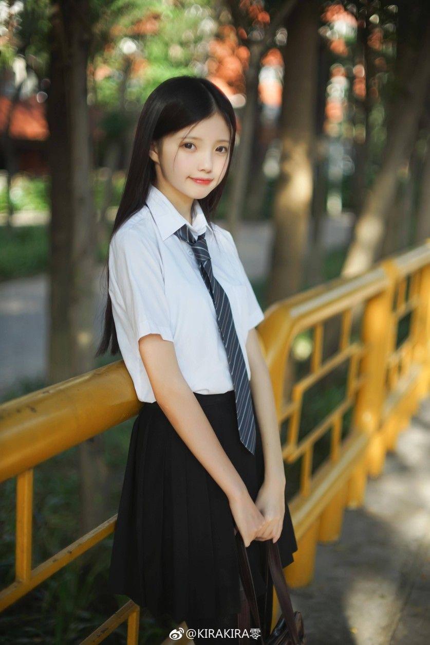 Японские красивые девушки студентка — pic 12
