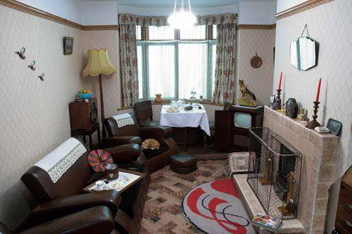 8s living room in 8 | Vintage | 8s living room, Living Room ...