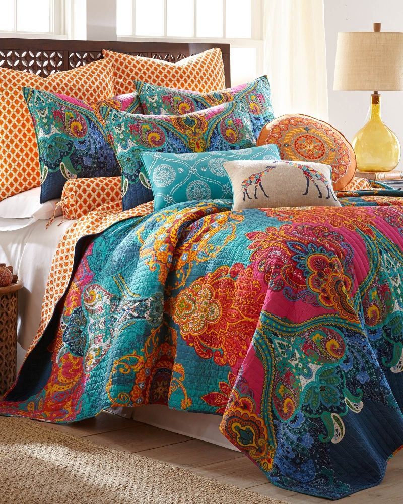 Scroll Print Luxury Quilt Bedding sets, Luxury quilts