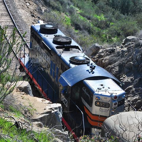 Pacific Southwest Railway Museum -- GP9 built by EMD in 1959. #rsa_theyards #train_nerds #trains_worldwide #daily_crossing #trb_express #railways_of_our_world #railfan #CampoCA #PSRM #SDAX #SDA #SDAE #GP9 #SouthernPacific #SPRR #highhoodlife