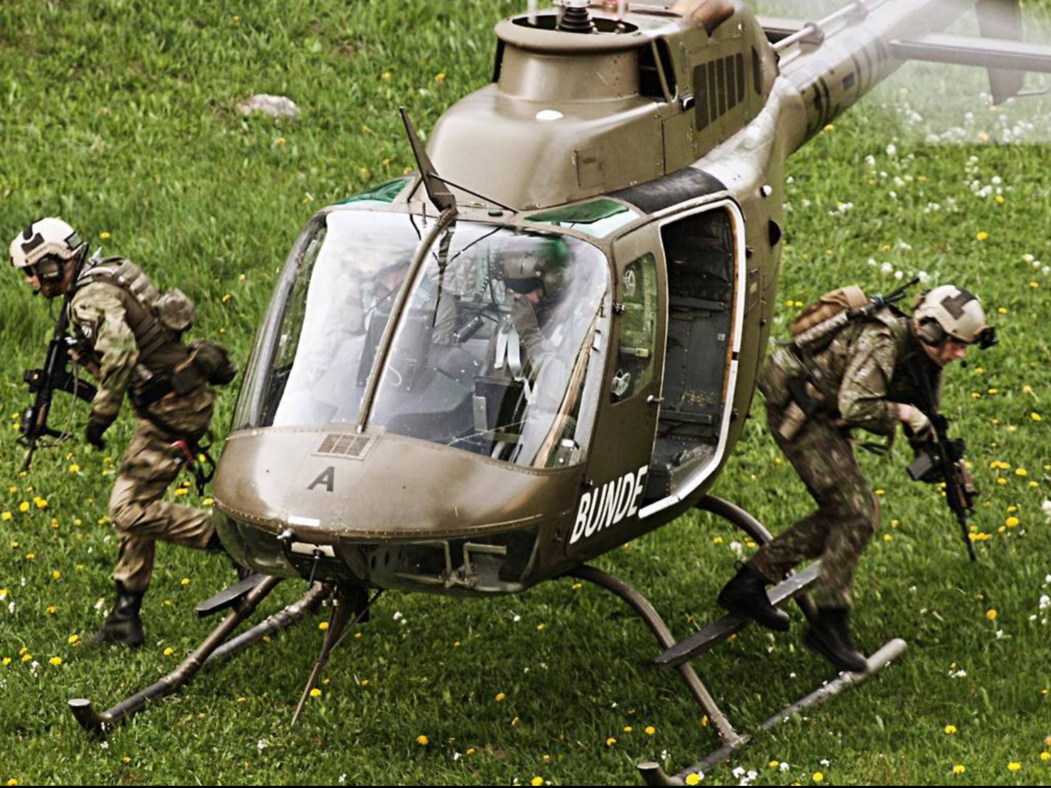 Austrian Jagdkommando and Slovak special forces conducting a joint training operation. May, 2015