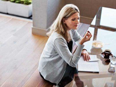 Abnehmen in den Wechseljahren: Diese Lebensmittel sind effektive Stoffwechsel-Bo…