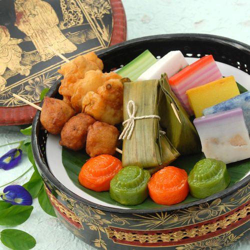 Malay Wedding Food: NONYA WEDDING PICS - Google Search