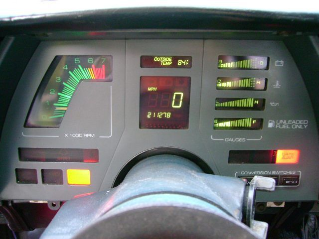 1987 Chevrolet Cavalier Z24 Dashboard I Remember This Being The Coolest At The Time Like Knight Rider Chevy Coches Y Motocicletas Cavalier