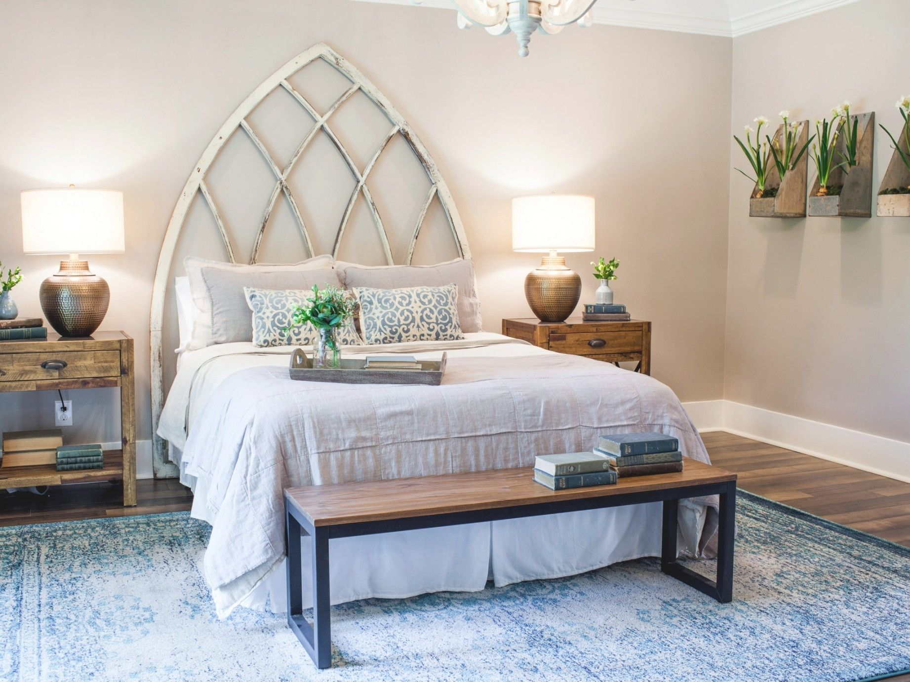 10 Best And Modern Bedroom Decorating For Your Cozy: Top 10 Fixer Upper Bedrooms