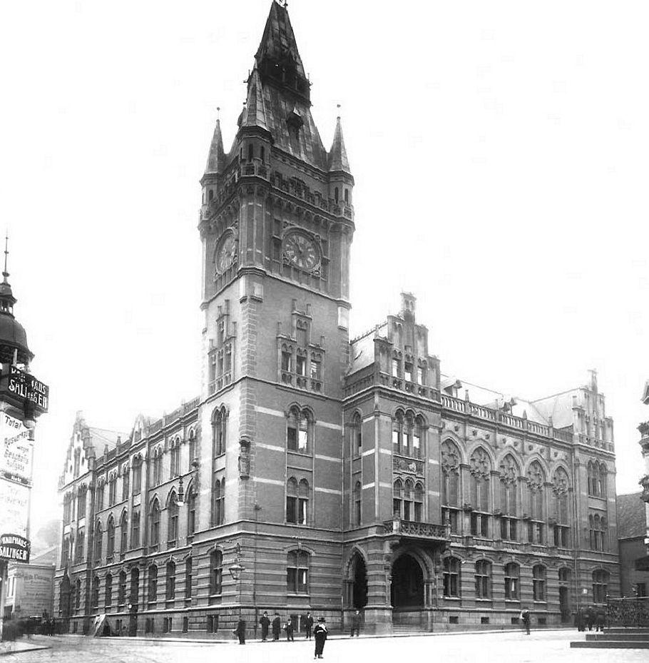 Lost Places - Essen Rathaus 1900