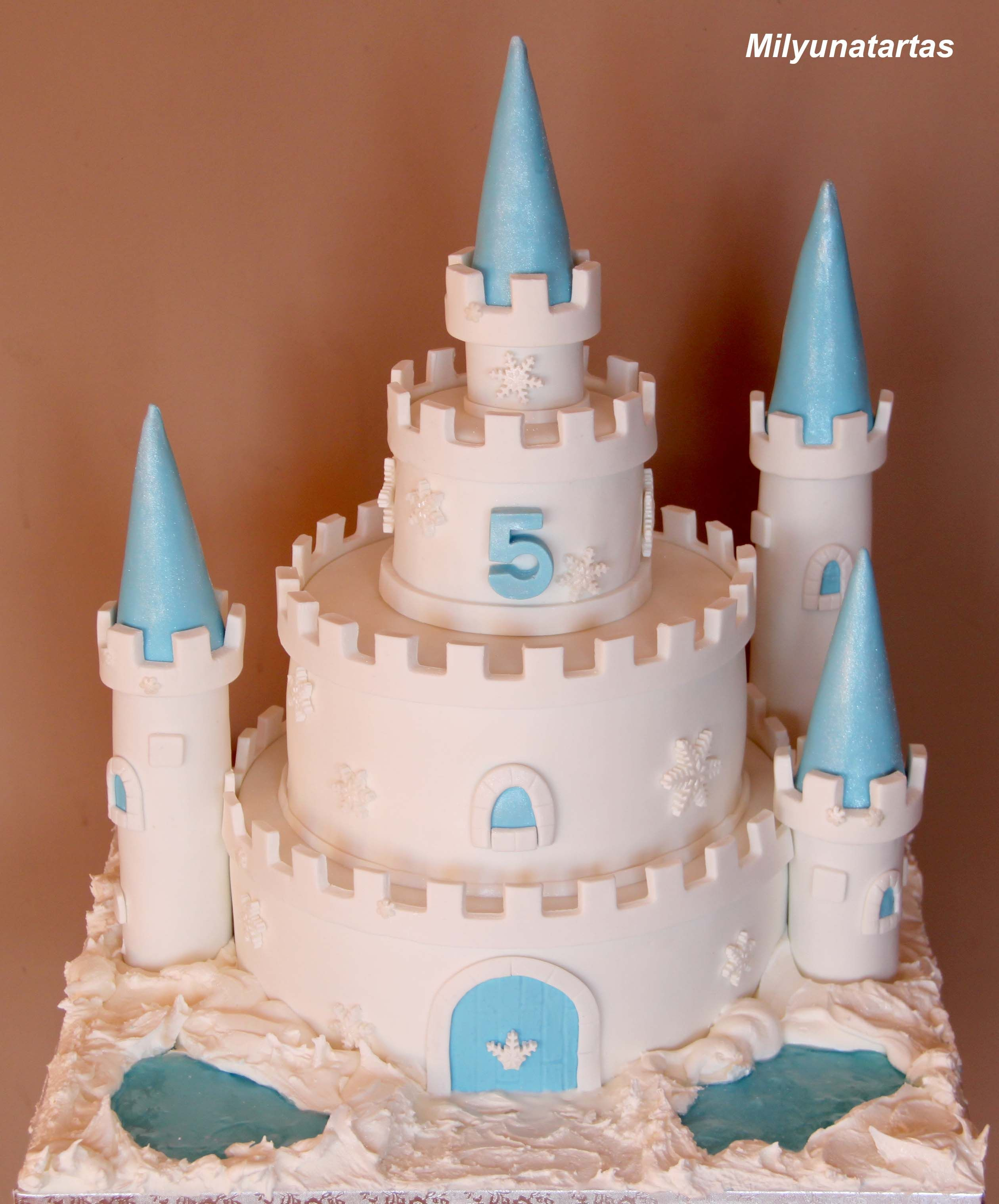 ice palace cake | ice castle cake | frozen birthday party