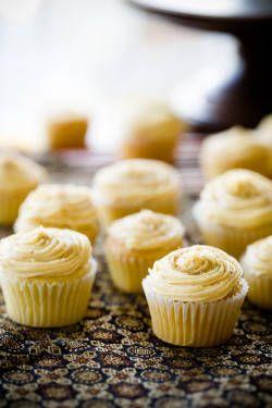 Saffron Cupcakes Recipe Wine Cupcakes Cupcake Recipes Beer