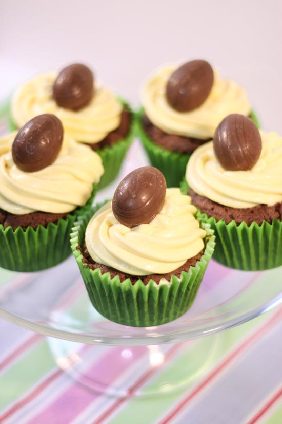 Cadbury Creme Egg Cupcakes Recipe Egg cupcakes, Baking