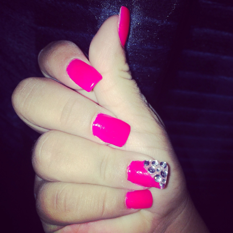 Pink Acrylic Nails 💓 | Pink acrylic nails, Nails, Acrylic